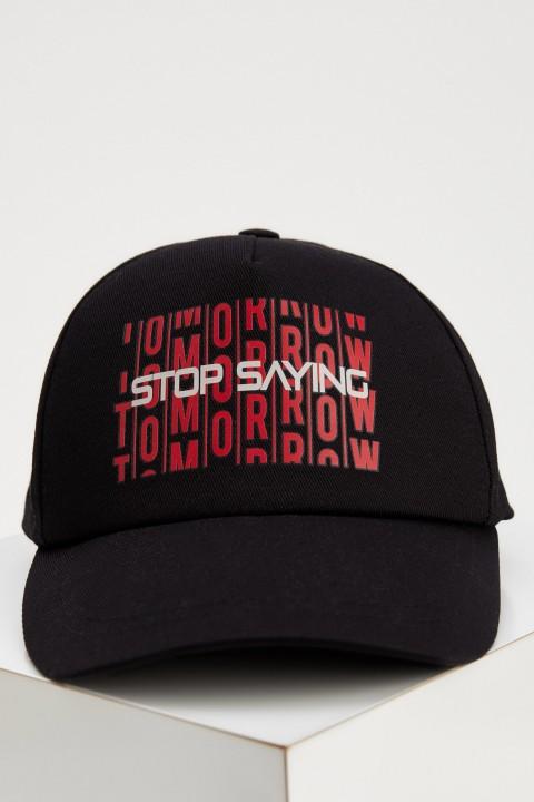man-black-hat-t9331az-936589.jpeg