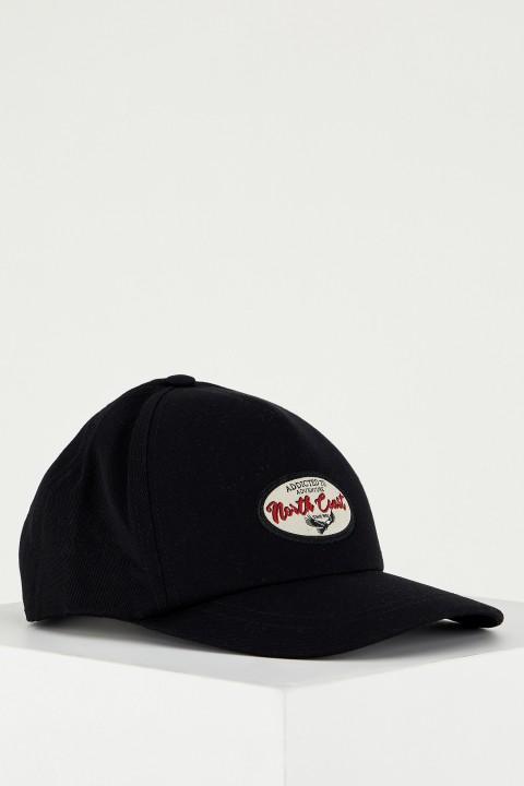 man-black-hat-t9332az-2203483.jpeg