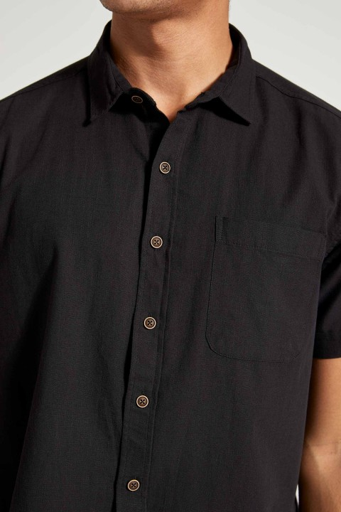 man-black-short-sleeve-shirt-xxl-1-6461680.jpeg