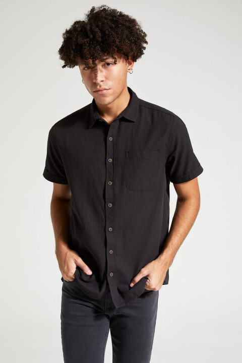 man-black-short-sleeve-shirt-xxl-1-8772775.jpeg