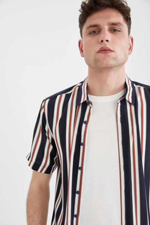 man-ecru-short-sleeve-shirt-xxl-0-2446406.jpeg