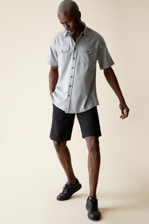 man-grey-short-sleeve-shirt-xl-2903195.jpeg
