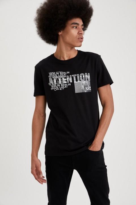 man-t-shirt-black-s-10-2566374.jpeg