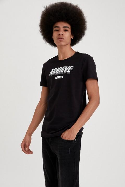 man-t-shirt-black-s-11-5760407.jpeg