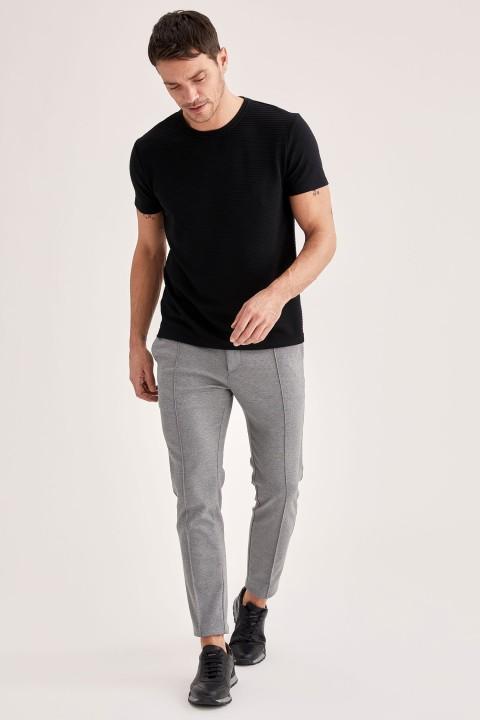 man-t-shirt-black-s-6-3926072.jpeg