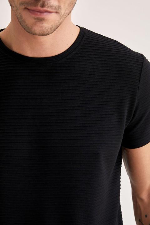 man-t-shirt-black-s-6-5490489.jpeg