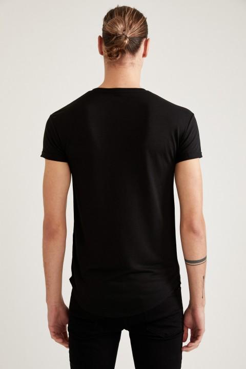 man-t-shirt-black-s-7-7109917.jpeg