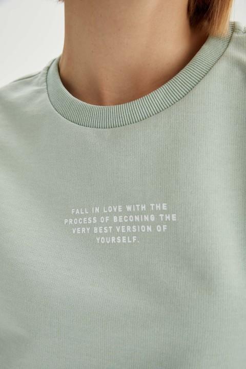 woman-aqua-short-sleeve-t-shirt-l-0-7000205.jpeg