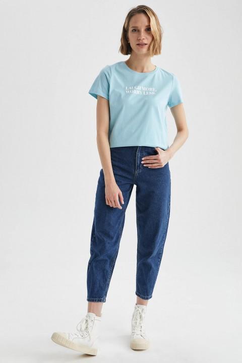 woman-aqua-short-sleeve-t-shirt-s-7958042.jpeg