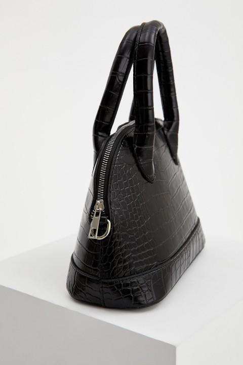 woman-bag-black-std-5354958.jpeg