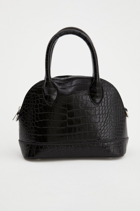 woman-bag-black-std-814494.jpeg