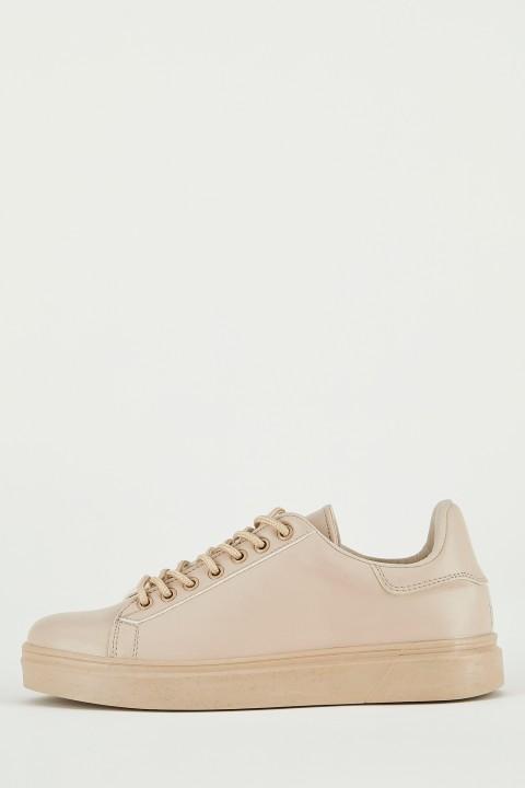 woman-beige-shoes-36-2444790.jpeg