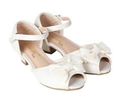 BERALLE Girls Beige Sandals -28