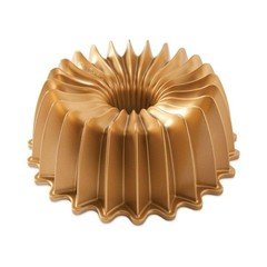 brilliance-bundt-pan-gold-7657019.jpeg