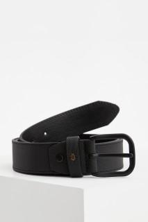 man-belt-black-1-6346733.jpeg
