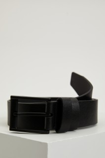 man-belt-black-8234816.jpeg