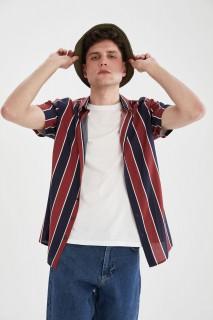 man-bordeaux-short-sleeve-shirt-l-591016.jpeg