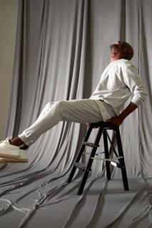 man-grey-melange-trousers-xs-4404538.jpeg