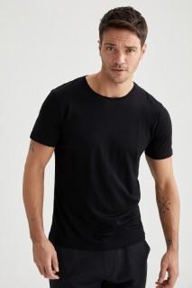 man-t-shirt-black-s-4-6773805.jpeg