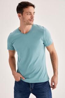 Man T-Shirt Mint