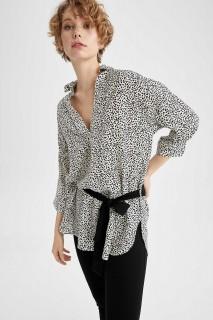 woman-beige-long-sleeve-tunic-xxl-6744497.jpeg