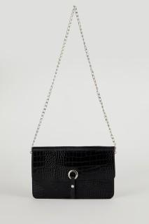 woman-black-bag-u1936az-5447166.jpeg
