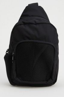 woman-black-bag-u1953az-8427690.jpeg