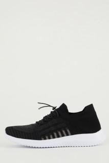 woman-black-shoes-37-0-8239838.jpeg
