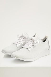 woman-ltgrey-shoes-38-1501045.jpeg