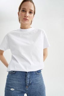 Woman WHITE Short Sleeve T-Shirt-L
