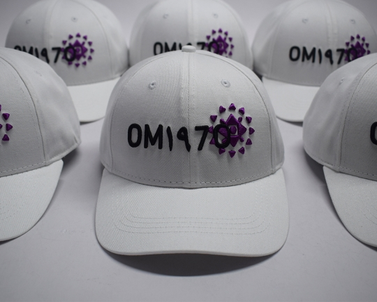om1970-white-baseball-cap-7122772.jpeg