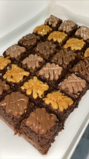 brownie-bites-with-toppings-pre-order-9620285.jpeg