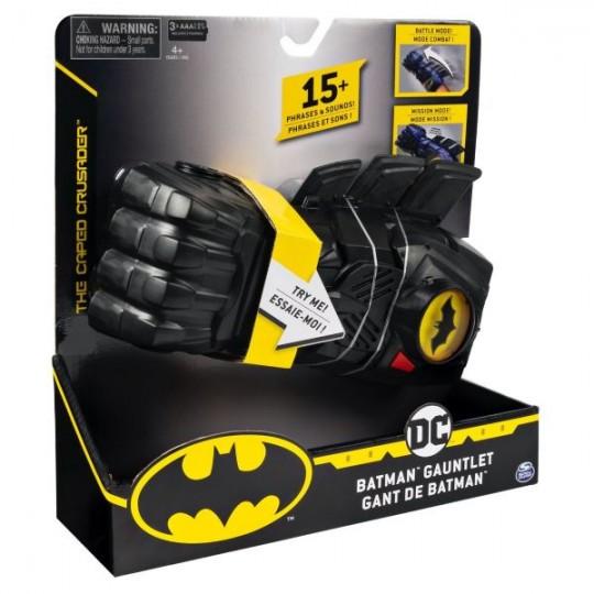 dc-batman-gauntlet-3014048.jpeg